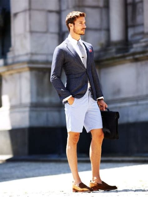 Picture Of a summer work look with light blue shorts, a