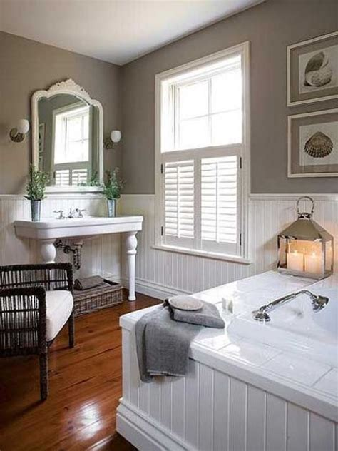 32 Cozy And Relaxing Farmhouse Bathroom Designs - DigsDigs