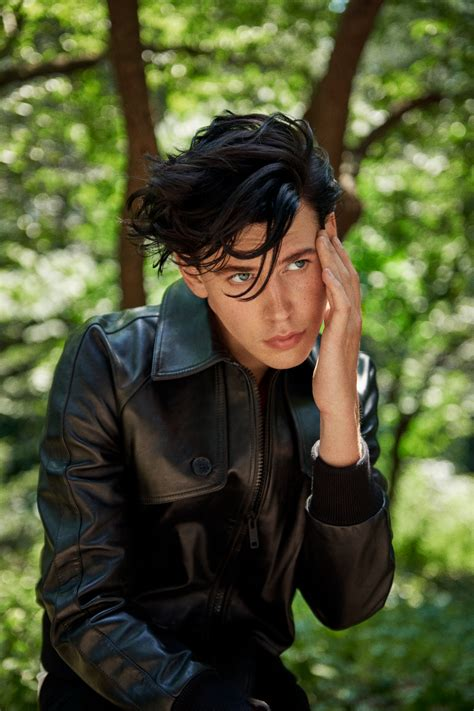 The King & I: Austin Butler Answers Andy Warhol's Questions
