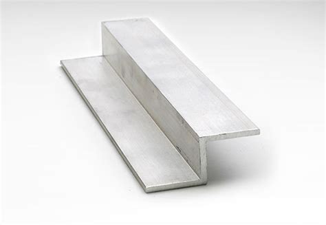 Angle & Architectural Metals in Aluminum, Stainless Steel
