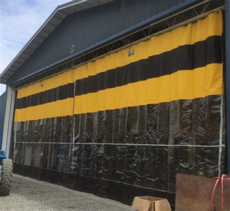 Industrial Outdoor & Exterior Curtains: Insulated, Large