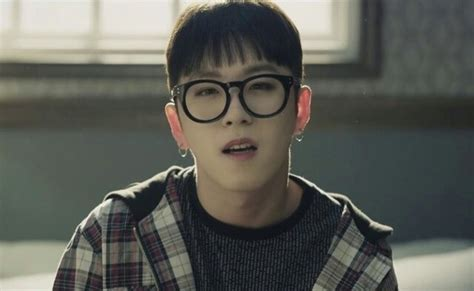 Can I become a kpop idol if I have glasses? - Quora