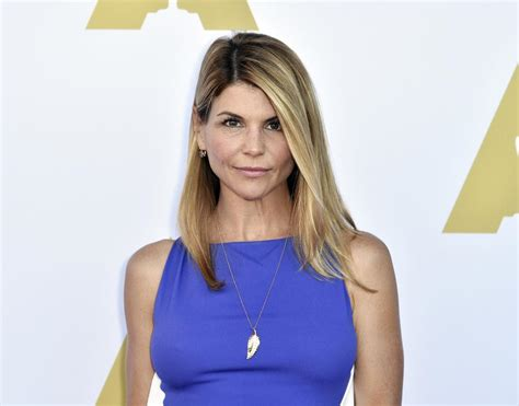 Lori Loughlin Reports To Prison, 'Full House' Actor To