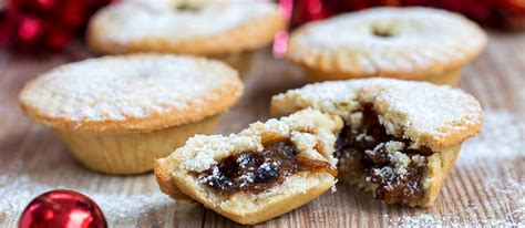 Mince Pie | Traditional Sweet Pie From England, United Kingdom