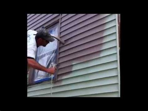 Painting Vinyl Siding-Ugly Green House - YouTube