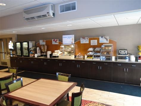 Holiday Inn Express Hoge Hall Dining Options - Ft