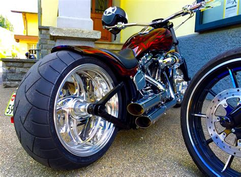 One Of The Finest Harley Breakout Customs! - Legendary